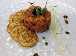 Tartar de salmón - Carta de temporada